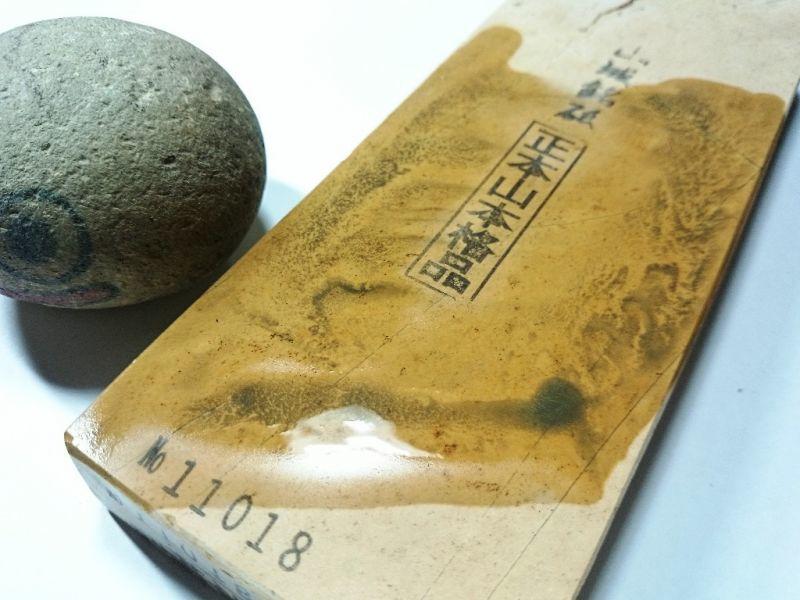 画像4: 天然砥石 奥殿本巣板巣無し 0.7Kg 11018