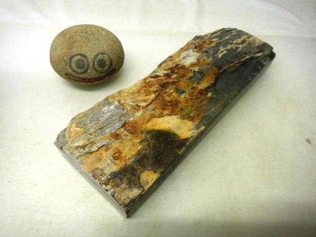 画像3: 天然砥石 山城銘砥 中世中山 硬い浅黄からす 4587